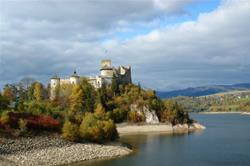Dunajec castle in Niedzica on lake Czorsztyn, Poland